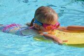 nina-piscina_4-174x116.jpg