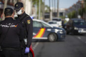 agentes-Policia-Nacional-realizan-control_1568553888_137682271_667x375-174x116.jpg