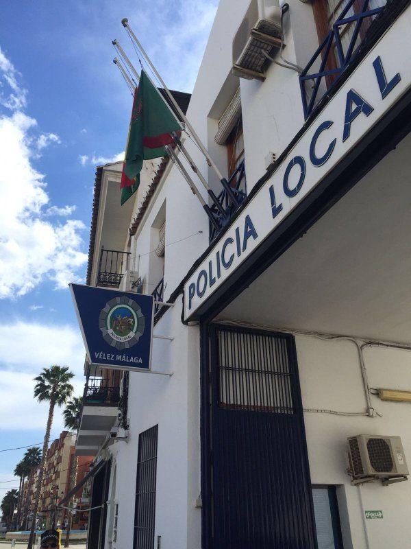 La inspecci n de trabajo pide al ayuntamiento de v lez for Oficina de empleo velez malaga