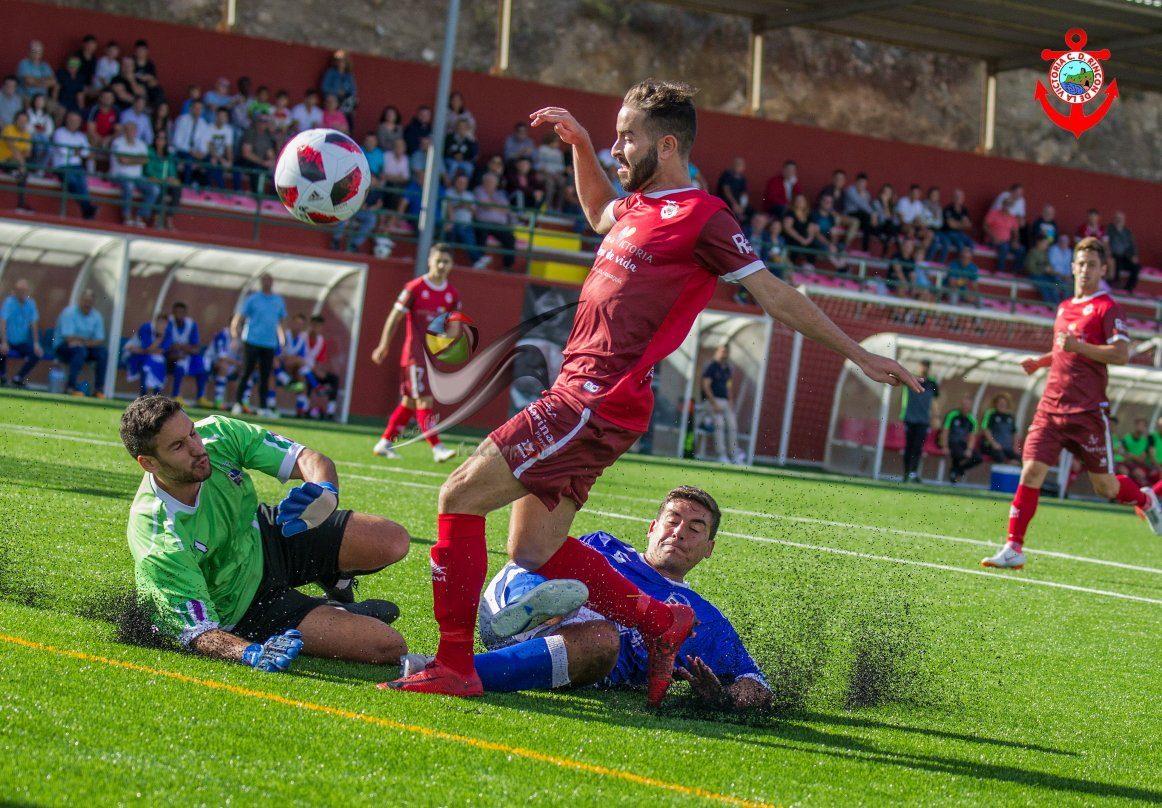 El Vélez CF y el CD Rincón se enfrentan este domingo en el Vivar Téllez, y  el cuadro rojillo busca repetir los éxitos de las dos últimas campañas, ...